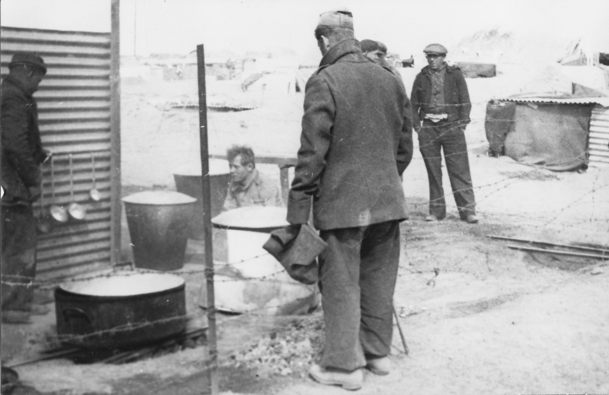 Camp des internationaux, Argelès-sur-Mer, mars 1939.